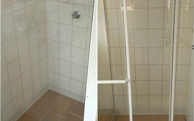 Shower glass screen after our Glass Restoration work