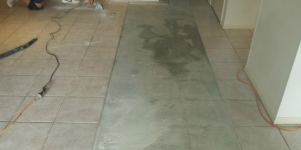 GroutPro Tile And Grout Cleaning Tile Repair Hollow Tiles - Fix loose tiles bathroom